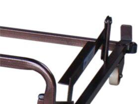 В механизме используется угловая трапеция. Передвижение заднего ролика осуществляется по поверхности пола.